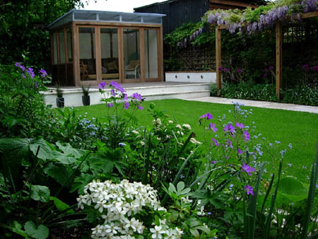 Garden Design and Landscaping throughout London including  Hackney, Islington, Camden, Haringey, Hampstead, Highbury and  Hertford and Essex, private gardens, public & commercial spaces